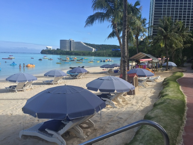 Day 13 - The Long Beach of the Outrigger Hotel ... to the Right is the Large Water Park Filled with Pools, Slides, Water Falls, Lounging Areas